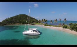Fountaine Pajot Lavezzi 40 : Mouillage dans les Grenadines